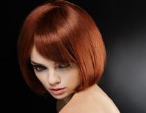 性感的短发模特美女摄影图片