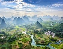 桂林山水外景鸟瞰全景图摄影图片