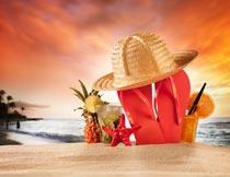 菠萝草帽人字托海星与果汁摄影图片