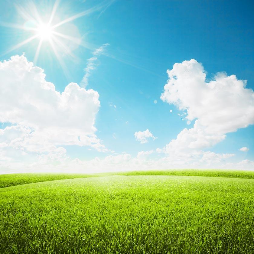 风光摄影高清大图图片素材 素材描述: 阳光蓝天白云与草地风光摄影