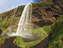 蓝天白云青山瀑布彩虹美景摄影图片