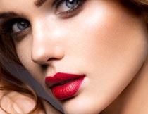 性感的红唇美甲美女写真摄影图片