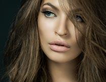 性感妩媚的长发美女局部摄影图片