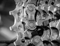 自行车变速齿轮黑白效果高清图片