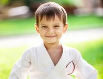 学习跆拳道的小男孩摄影高清图片
