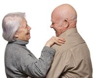 甜蜜幸福的老年夫妇摄影高清图片