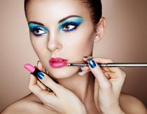 在化妆的美女写真摄影高清图片