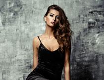 黑色睡裙性感美女摄影高清图片