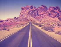 沙漠公路自然风光摄影高清图片