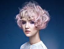 凌乱发型美女人物摄影高清图片