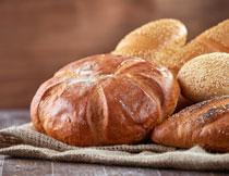 全麦面包食物特写摄影高清图片