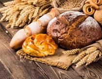 小麦穗与各种面食摄影高清图片