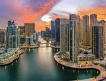 迪拜黄昏晚霞风光摄影高清图片