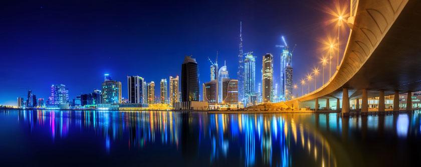 倒影在水中的城市建筑高清图片 - 思缘设计素材共享