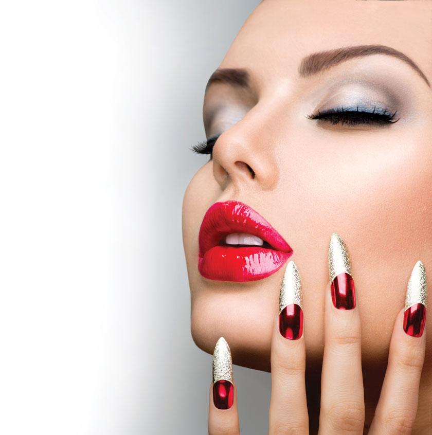 化妆闭眼闭着眼高清摄影大图图片素材 素材描述: 仰着头的浓妆美女