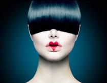 心形图案唇妆美女摄影高清图片