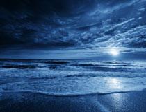 黄昏海上波浪风光摄影高清图片