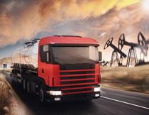 钻探设施与大货车摄影高清图片