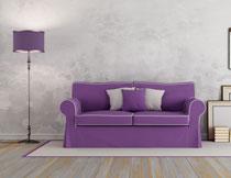 紫色落地灯与沙发家具高清图片