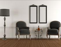 沙发落地灯与墙上挂画高清图片
