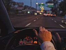 轿车内景局部特写摄影高清图片