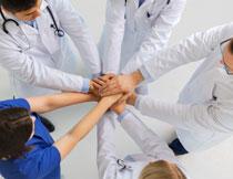 一起加油努力的医生们高清图片
