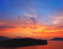 黄昏晚霞远山风光摄影高清图片
