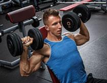 背心装扮健身增肌人物高清图片