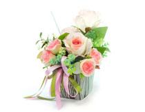 缎带包装好的花束摄影高清图片