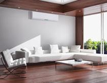 别墅空间里的家具陈设高清图片