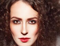 瘦削脸型红唇美女摄影高清图片