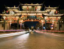 夜晚古风建筑景区摄影高清图片