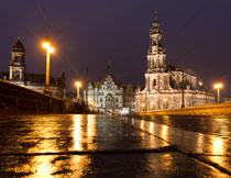 雨后的大城市夜景摄影高清图片