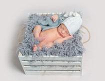 进入香甜梦乡的小宝宝高清图片