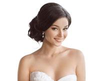 抹胸装扮幸福新娘摄影高清图片