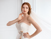 摆造型的新娘人物摄影高清图片
