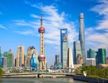 上海黄浦江建筑群摄影高清图片