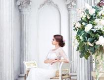 洁白婚纱新娘人物摄影高清图片
