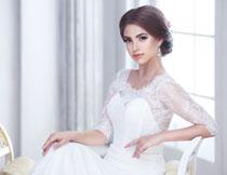 盘发造型新娘美女摄影高清图片