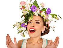 戴鲜花头饰的美女摄影高清图片