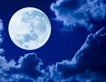 天空云彩圆月夜景摄影高清图片