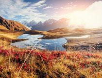 天空雪山湖泊风光摄影高清图片