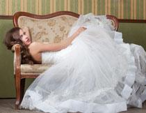 白色婚纱新娘人物摄影高清图片