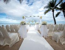 海边沙滩婚礼现场布置高清图片