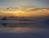 天空云彩湖畔风光摄影高清图片