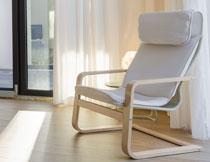 摆放在房间里的休闲椅高清图片