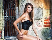 秀发长腿美女模特摄影高清图片