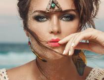 异域风情浓妆美女人物高清图片